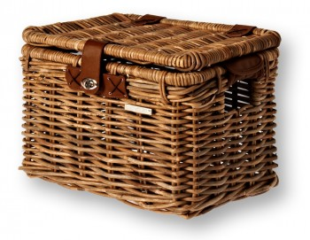 Wicker chest - medium