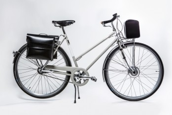 Classical e-bike for woman