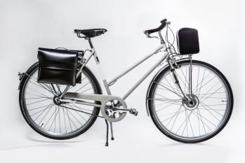 Classical e-bike for woman